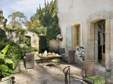 I'd gladly live here! (courtesy: Art & Decoration)