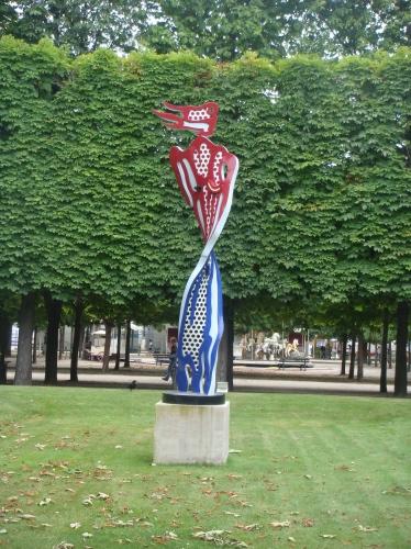Spotted: Sculpture of a brushstroke by Lichtenstein